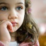 Почему у ребенка низкая самооценка