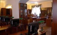 2. Читальный зал библиотеки Санкт-Петербургской Духовной академии