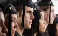 Избыток выпускников со специальностями экономист и юрист