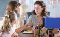 Кому поможет школьный педагог психолог