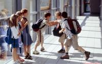 Ребенка обижают одноклассники