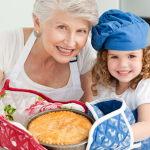 Как бабушка может помочь родителям внука