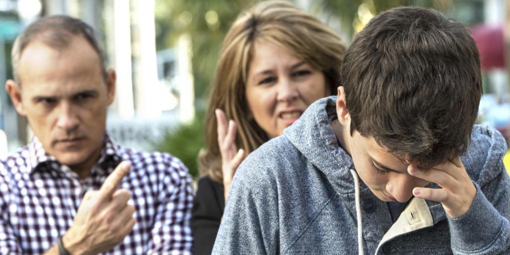 Как наказывать за двойки немотивированного школьника