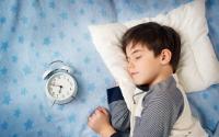 Как уложить подростка спать вовремя