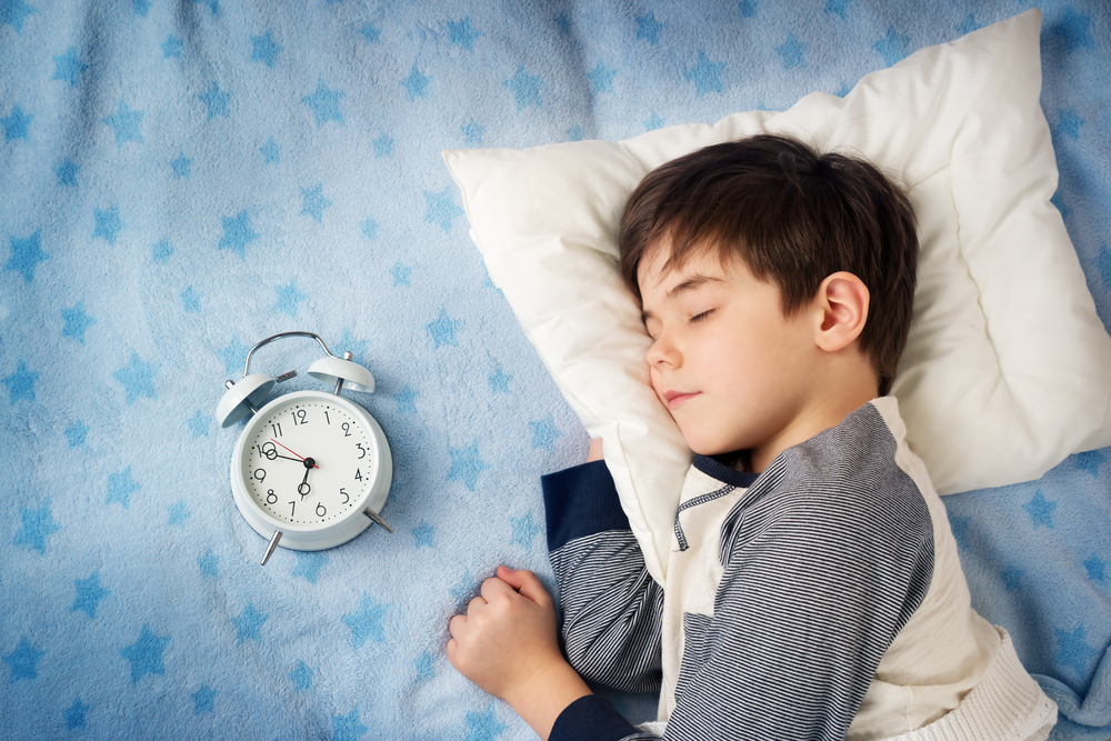 Как уложить подростка спать в приемлемое время