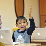 Можно ли учиться с детьми мигрантов в одном классе