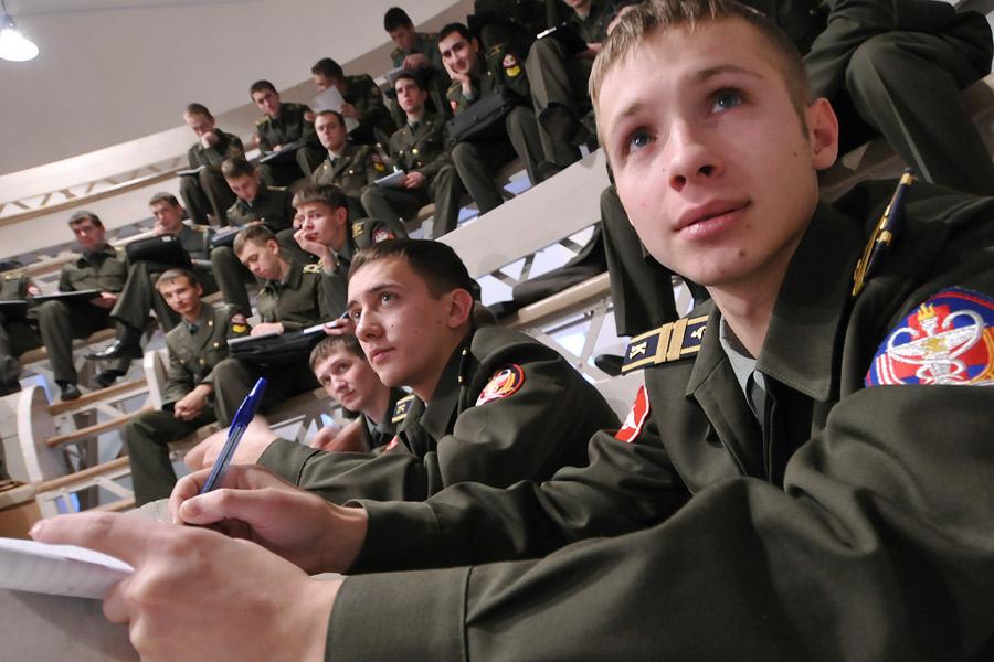 Правила поступления в военный вуз в 2019 году